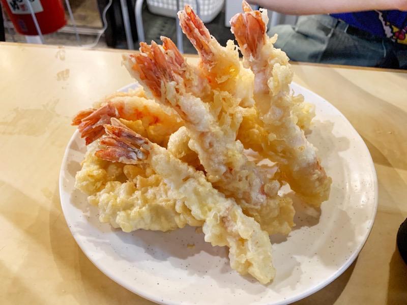 堺魚市場の『天ぷらてん助』の天ぷらの写真