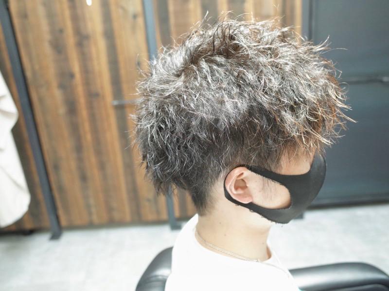 大阪の堺で癖毛のお客様にツイストパーマをかけた写真