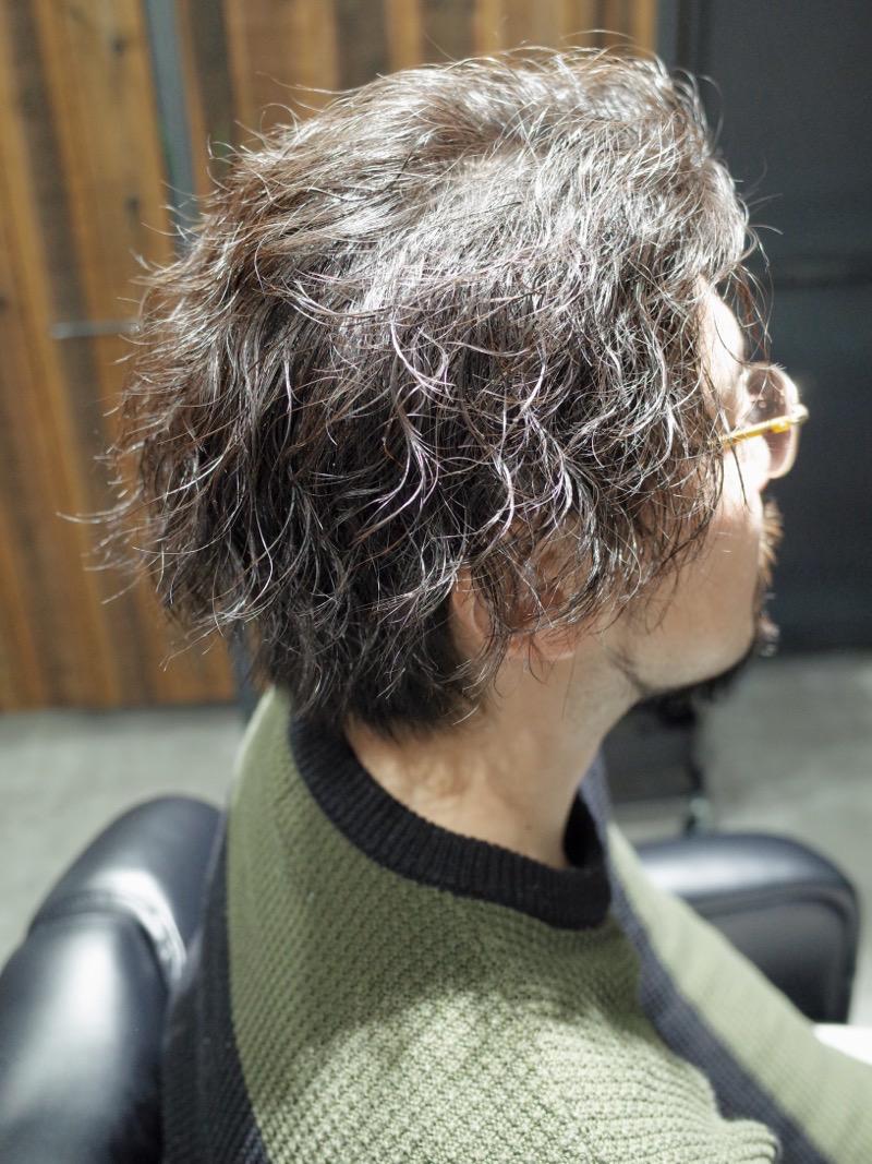 【大阪 堺 泉州】にてカットした春のメンズミディアムパーマの髪型の写真